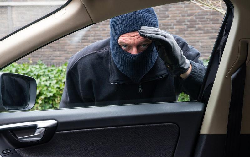 چگونه خودرو را در برابر سرقت ایمن کنیم؟